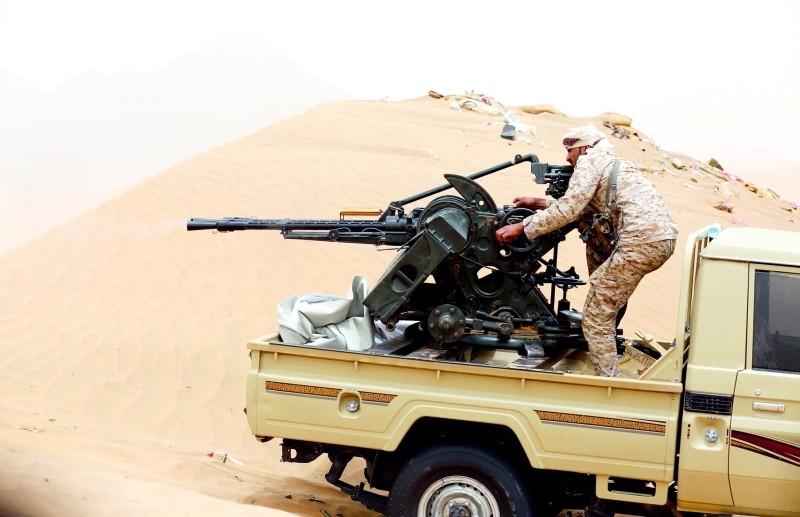 مصرع 13 عنصرا من المليشيات بمواجهات مع قوات الجيش بمأرب