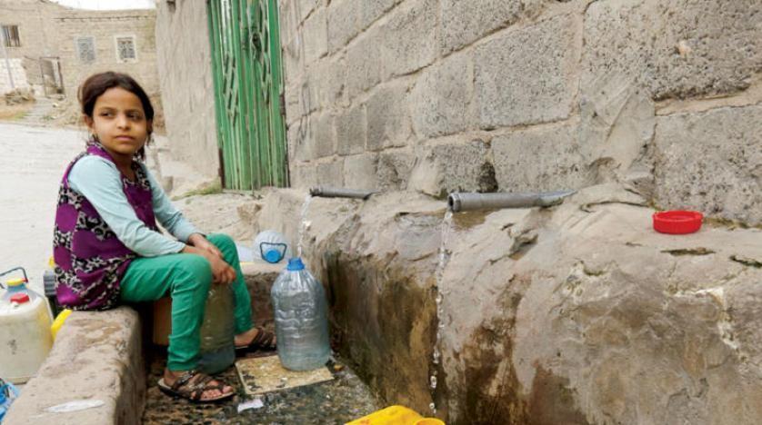 اتهامات لمليشيا الحوثي بنهب ومصادرة المساعدات الغذائية في صنعاء وريمة